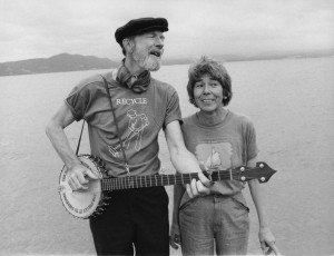 Toshi Seeger and Pete Seeger Pic Toshi Obit