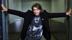 Jim Keays pic in Bolan shirt