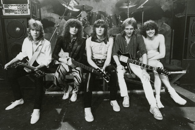30/3/15 - Def Leppard - Photograph - 1983 - In Deep Music