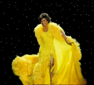 Shirley Bassey in yellow gown